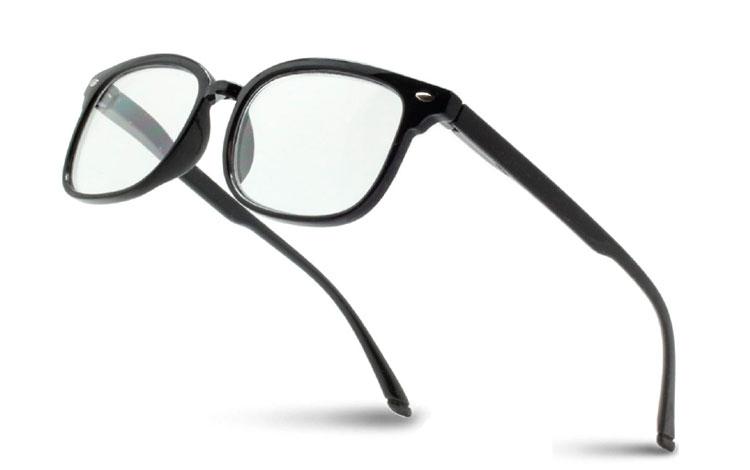 25fe4154f Billige og smarte læsebriller. Gode pasforme og stilsikre design.